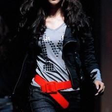 womenswear tee v-neck metal rivet snap on grey | British Fashion Retail Brand – Magnum London :: fashion graphics