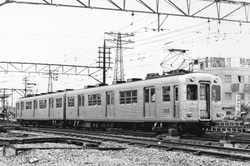 ステンレス車体の試作を汽車会社に提案されたが・・・・・・