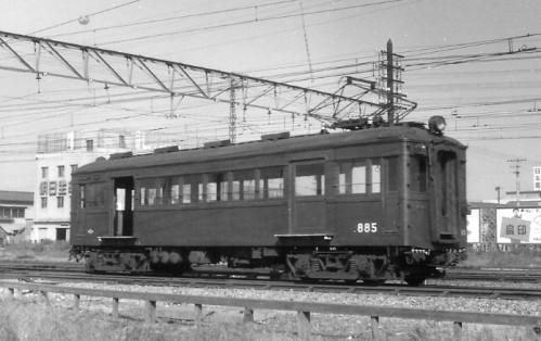 戦時体制では制御車10両新造、戦後電装なる