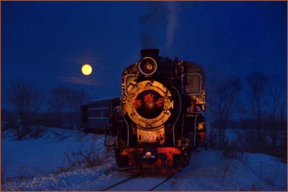 15_14夜月と蒸気機関車01