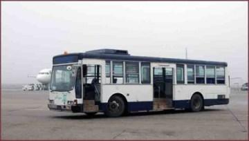 10_空港内バス