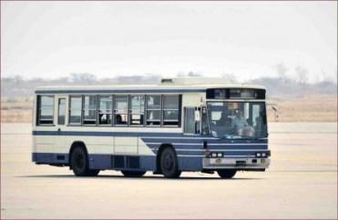 06_マンダレー空港バス01