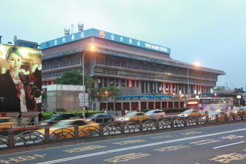 s-13.3.24台北駅
