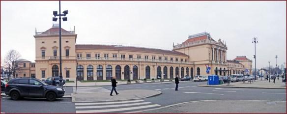 01_ザクレブ駅舎