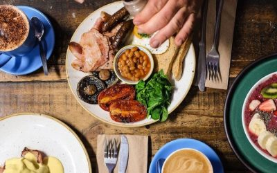 8 Ways to Eat Smarter When Eating Out