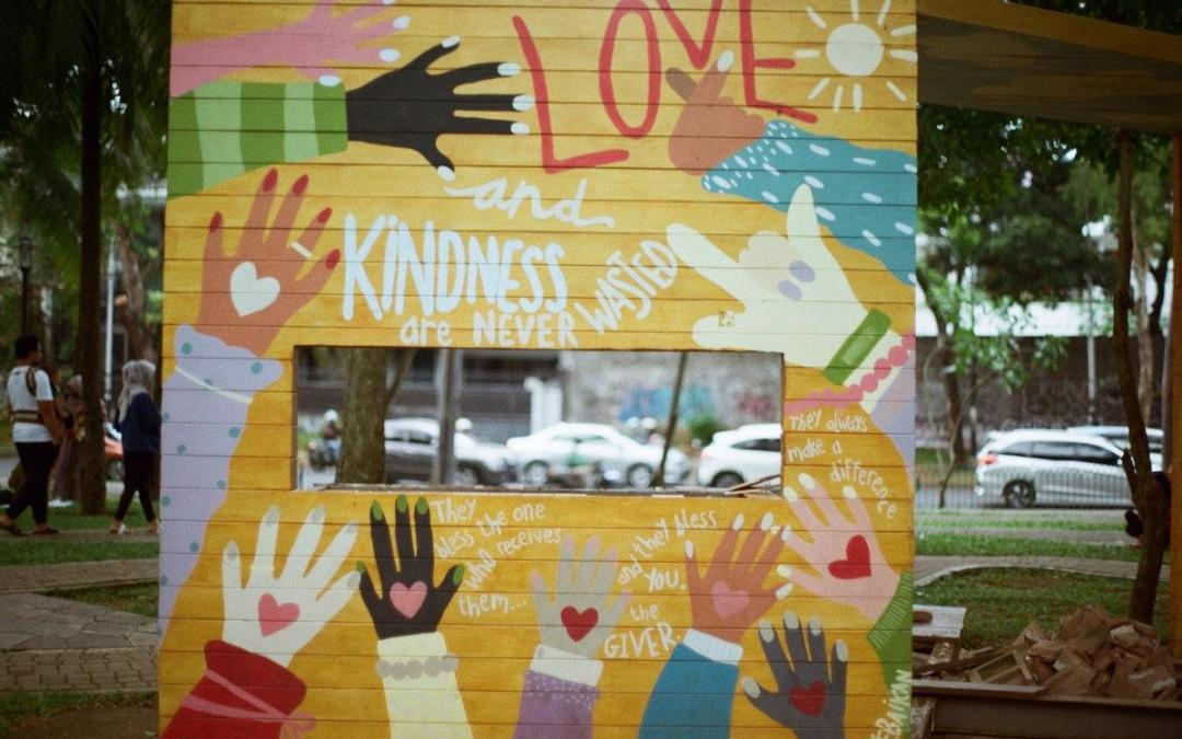 18 Ways Kindness Can Save Your Life and Change It For the Better