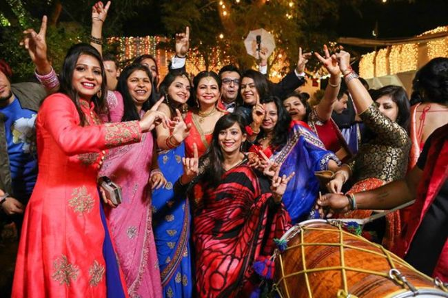 Delhi Travel Tips: Arrend A Typical Delhi Wedding by Drifter Planet
