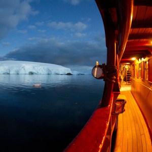 Drifters Guide Antarctica Deception Experience Tour