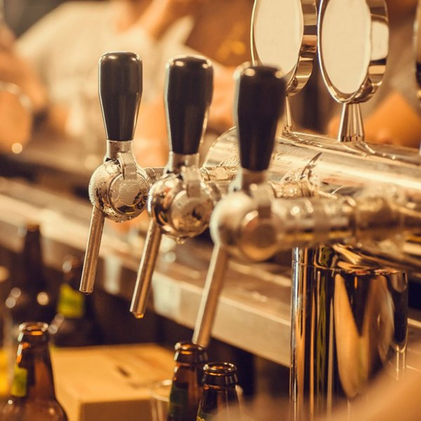PRAGUE'S ALES AND TALES Drifter's Guide