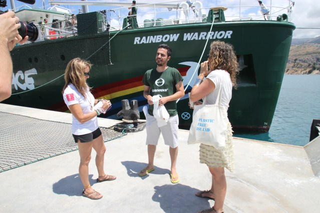 Meeting aboard GREENPEACE Rainbow Warrior!!~