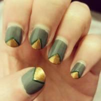 green autumnal nails