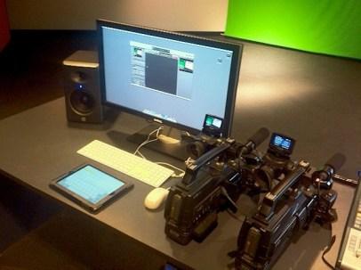 Video Switching via Apple Mac g5 running BoinxTV Software