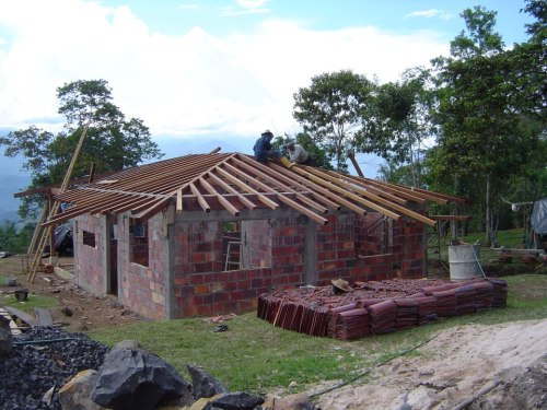 Laura and Kelley have built this house in the mountains of Colombia...note the absence of insulation!