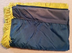 Fringed flag fold