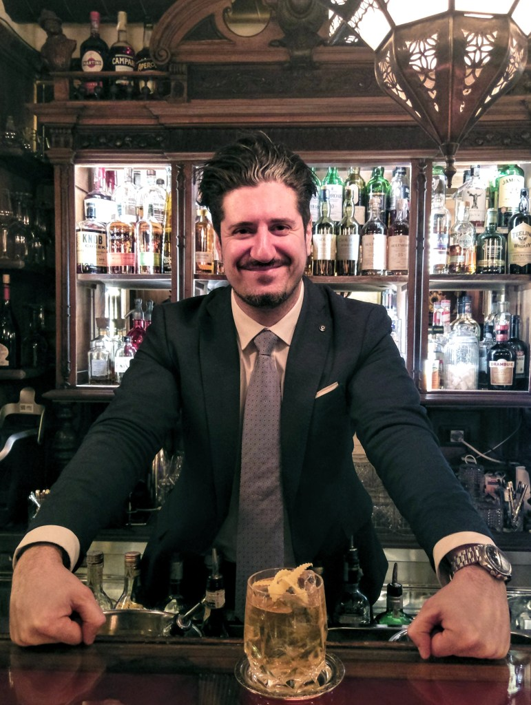 Dario Paolucci barmanager del Wisdomless Club di Roma