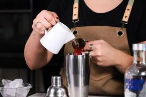 cosmopolitan cocktail succo di mirtillo