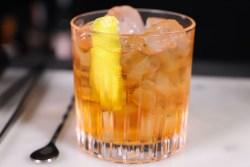 Old fashioned_cocktail