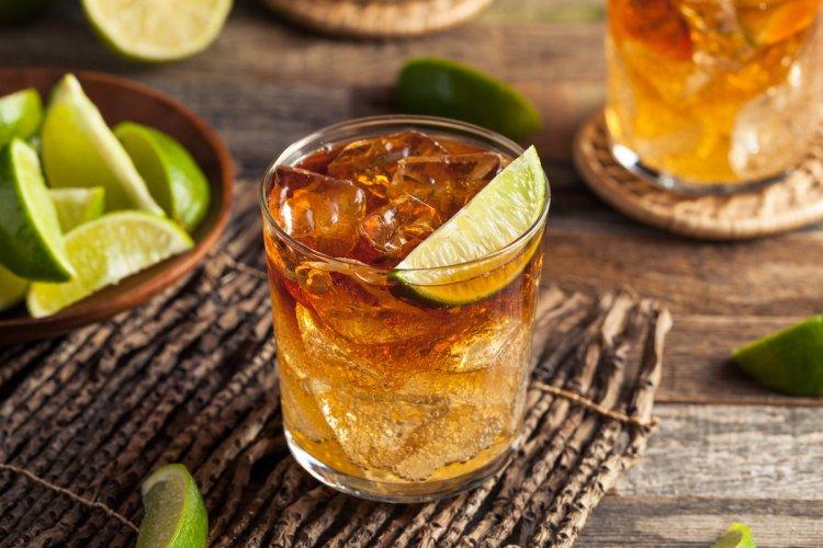 cocktail con rum