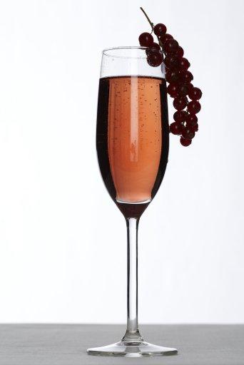 kir vino bianco e cassis