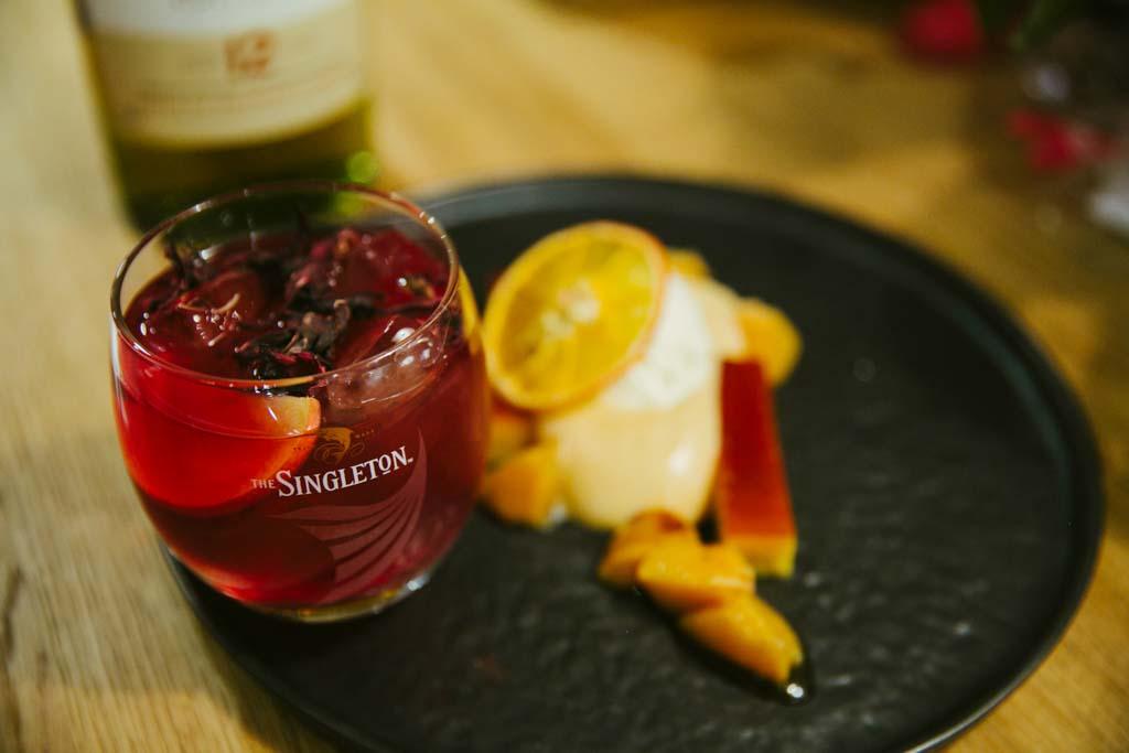 The Singleton Tastes vol. 6.