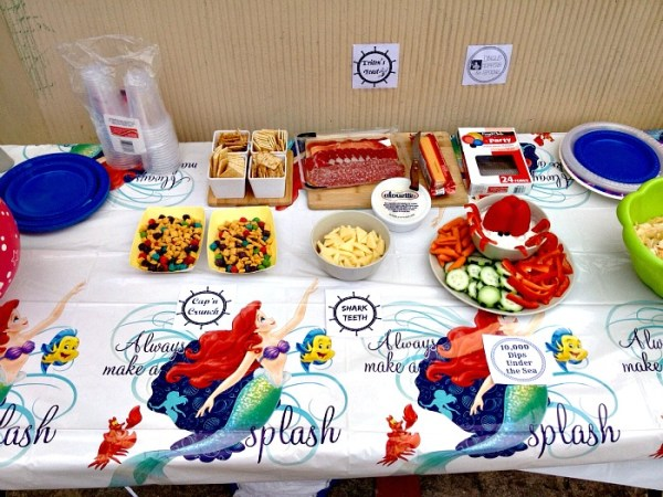 Under the Sea Food Table
