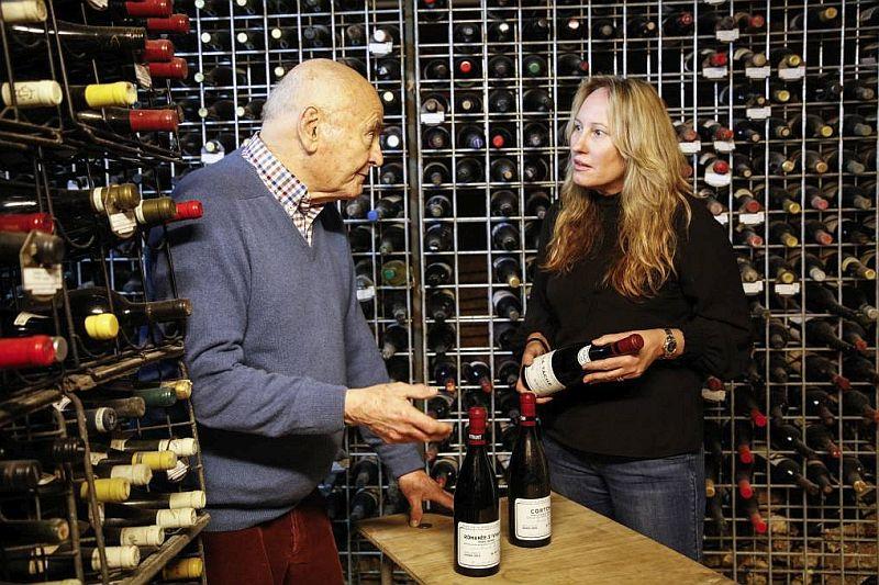 Винный критик Джеймс Холлидей продает с аукциона 250 бутылок вина