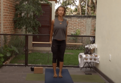 30min Functional Yoga with Pole