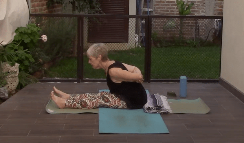 45min Yoga for your Back and Sciatic