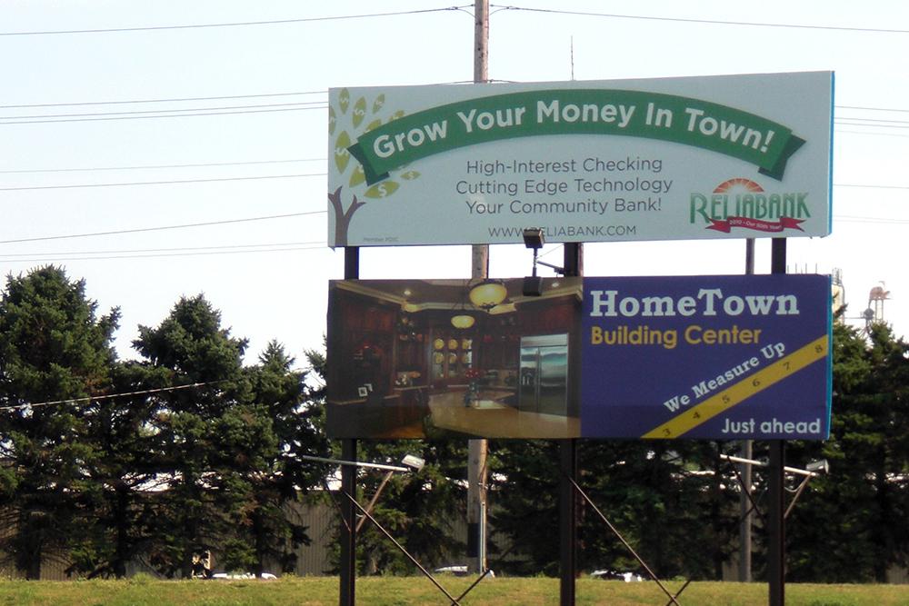 DBS - Reliabank & Hometown - Hwy 20