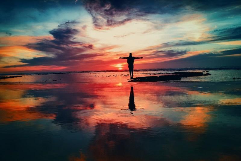 幸せのカギは「自己決定度」。日本人の幸福度に関する調査からわかること