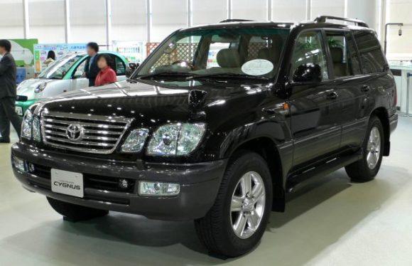 2005_Toyota_Land_Cruiser-cygnus_02
