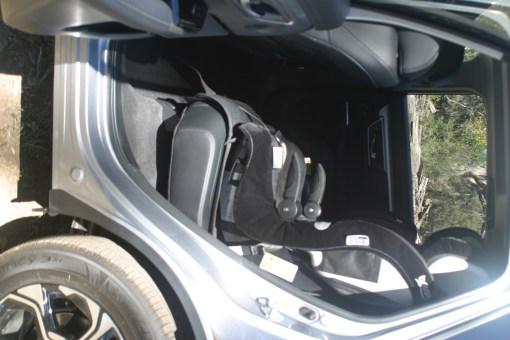 CR V REAR WITH SEATS