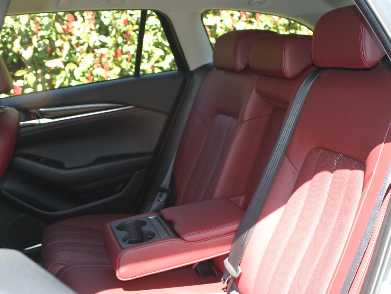 Mazdag6 wagon rear seats