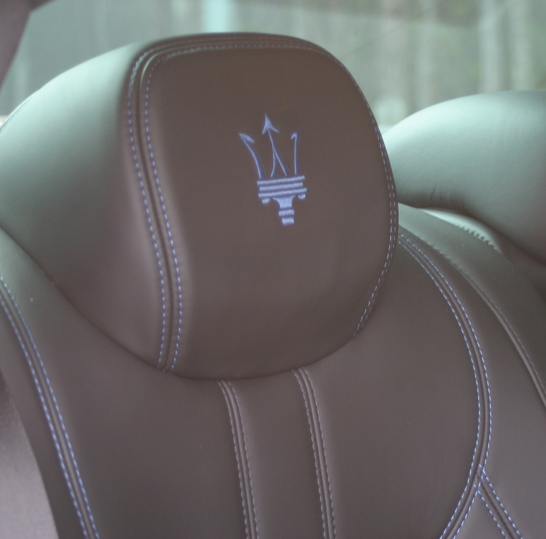 Maserati Ghibli Hybrid rear seat head rest