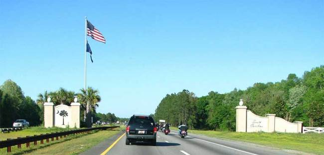 South Carolina border - Credit: Versageek