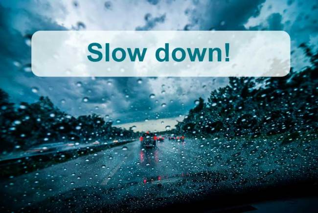 Slow down when driving in rain - Pixabay