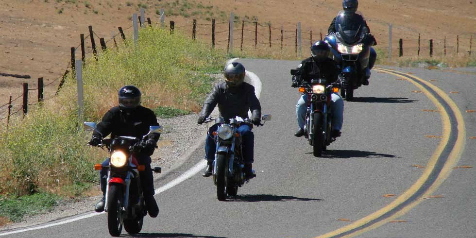 Sharing the road with motorcycles - Driver's Prep Tests