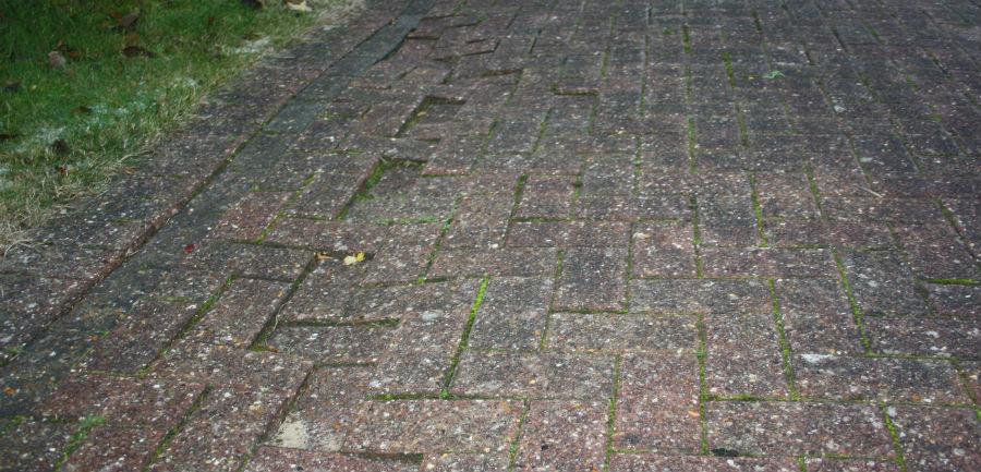 Block paving edging collapse