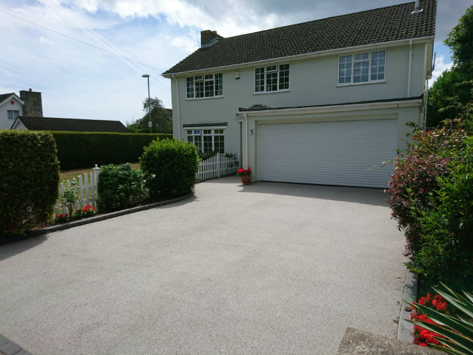 low maintenance resin bound drive