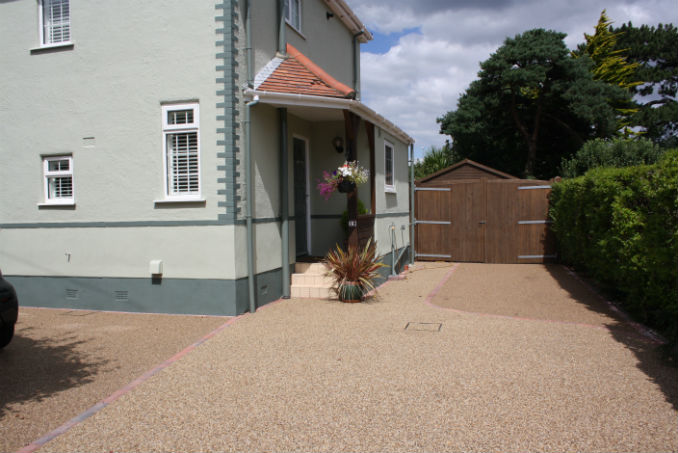 resin-driveway-over-concrete