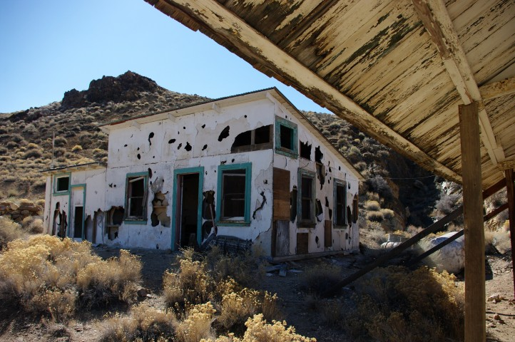 The miners' homes.