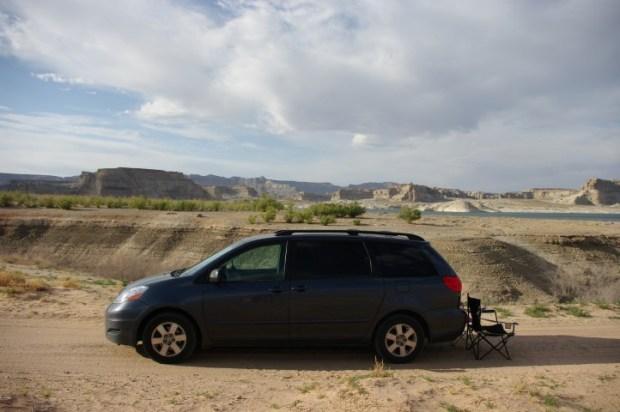 Boondocking along Glen Canyon.