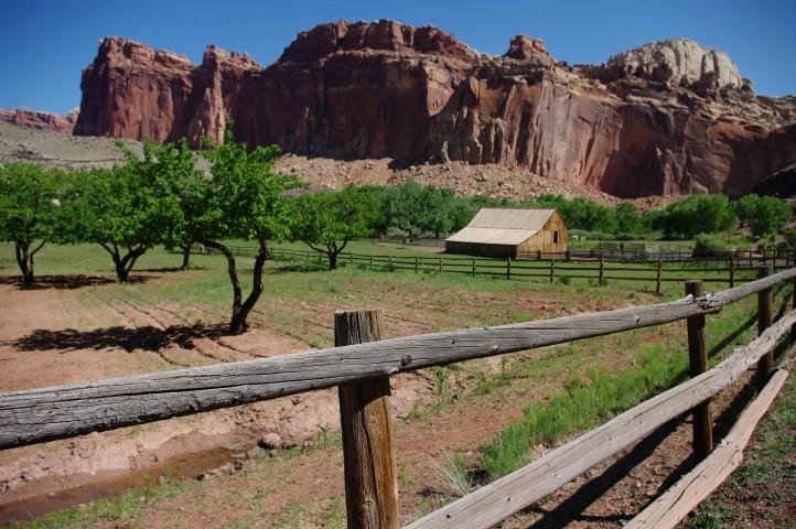 An old barn on the valley floor.
