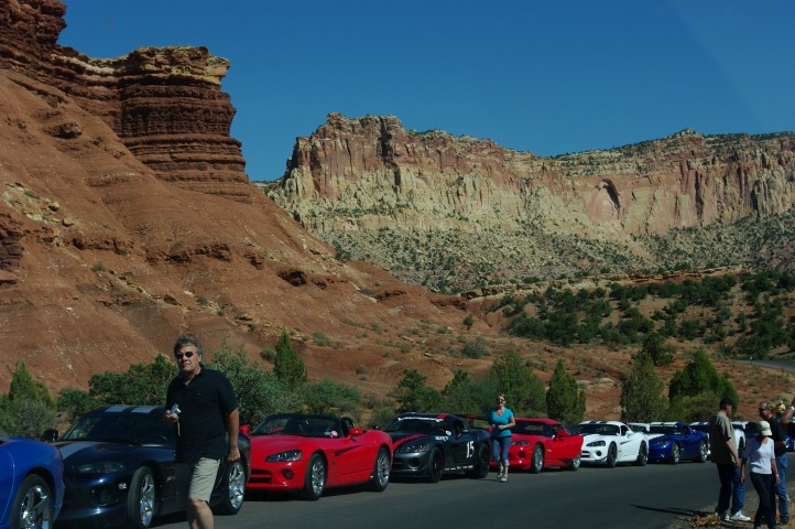 Every Viper owner in the US was gathered on the scenic drive. There must have been 20 of them.