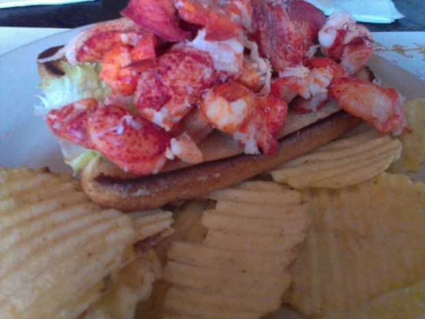 J's Oyster lobster roll.