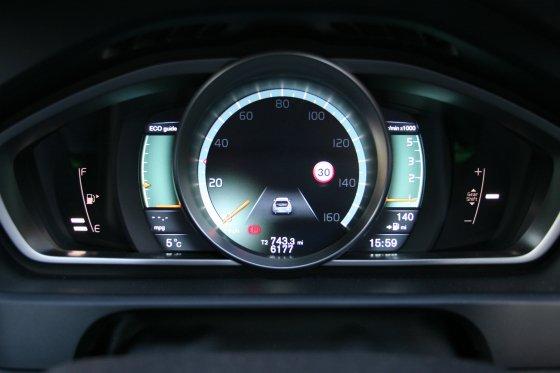 Volvo V40Active Display