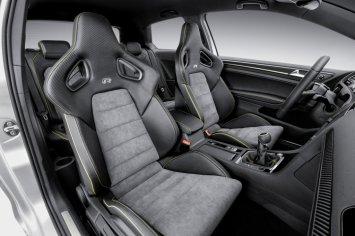 Volkswagen Golf R 400 Seats