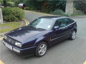 1993 Volkswagen Corrado VR6 in blue