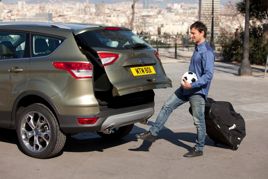 New Ford Kuga Hands-free tailgate. Works beautifully, sometimes