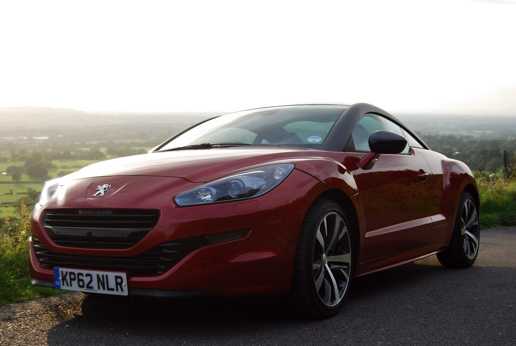 Peugeot RCZ GT front and side low